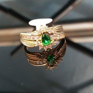 Jewelry - Emerald Quartz n White Topaz